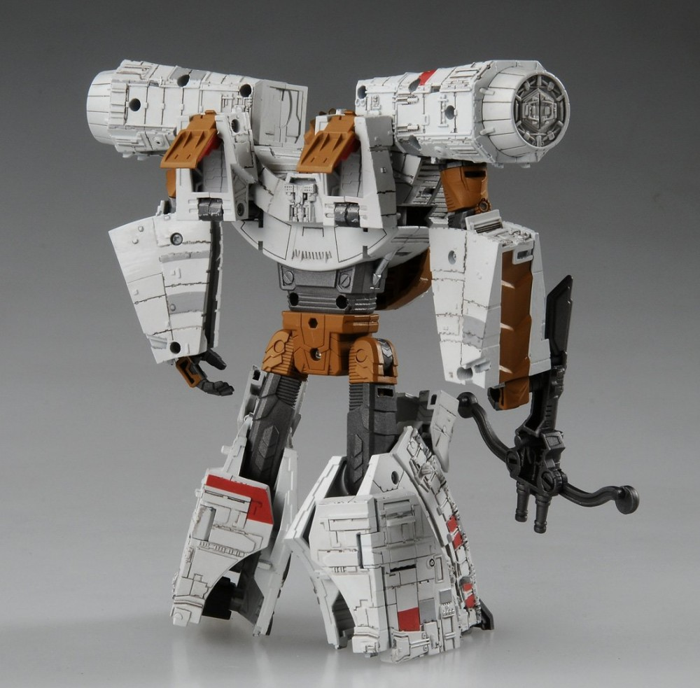 STAR WARS Feat TRANSFORMERS 02 Millennium Falcon