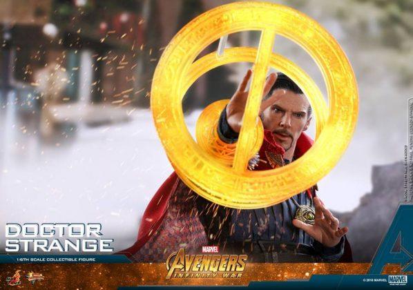 Hot Toys Doctor Strange Avengers: Infinity War