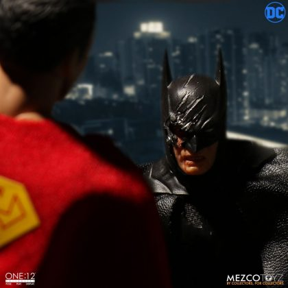 Mezco Toyz One:12 Collective Batman Sovereign Knight