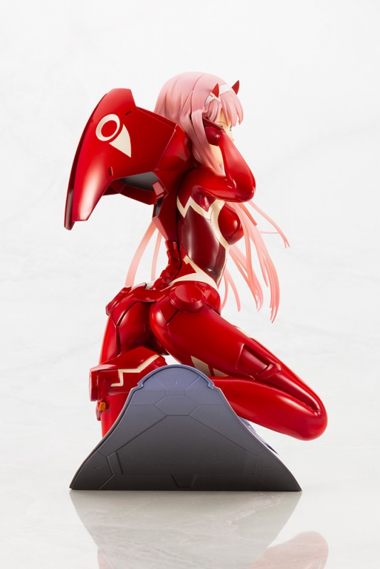 PVC Figure Zero Two anime DARLING in the FRANKXX