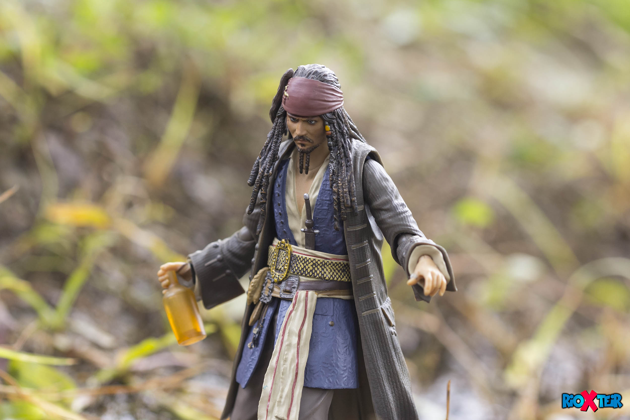 SHFiguarts Jack Sparrow Only Needs Rums