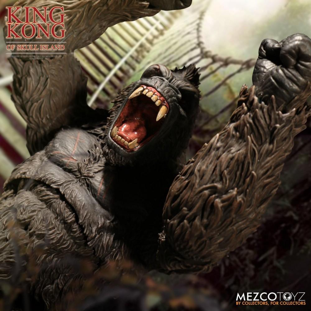 Mezco Toyz Action Figure King Kong of Skull Island