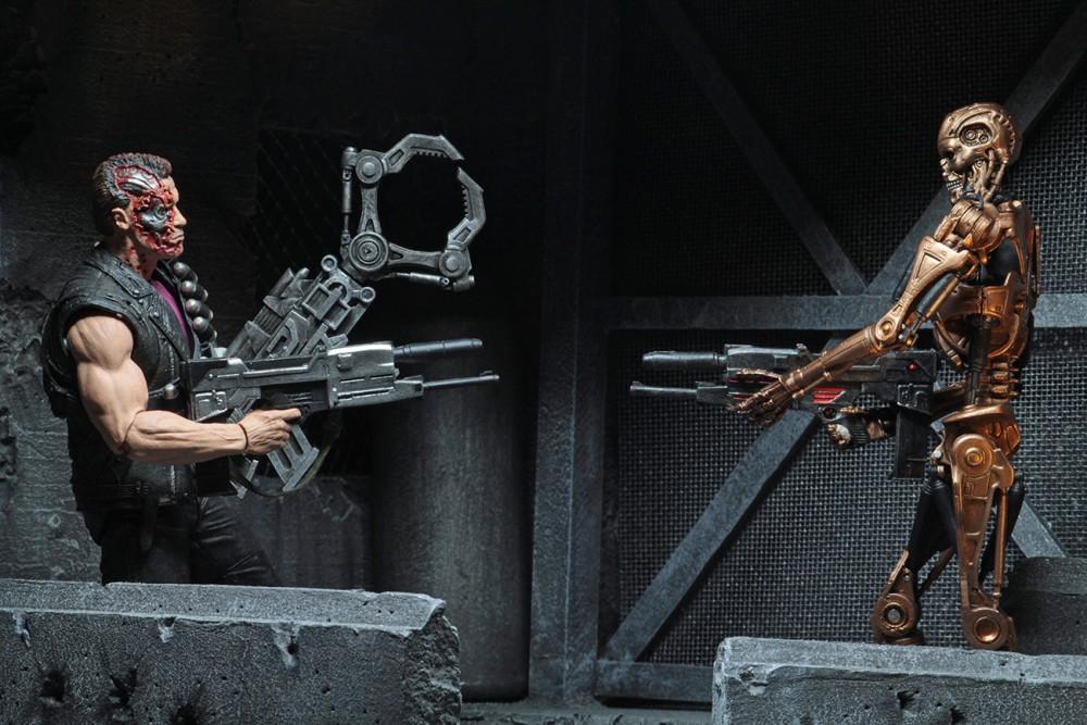 Neca 7inch Metal Mash Endoskeleton