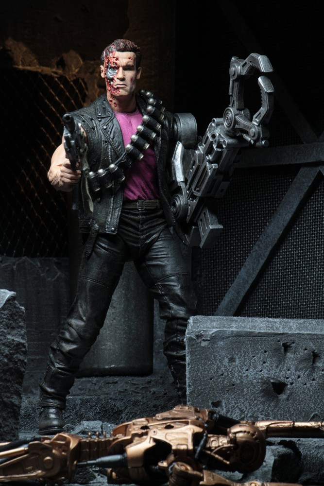 Neca 7inch Power Arm T800