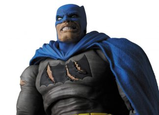 Mafex Series No.119 Batman (TDKR: The Dark Knight Triumphant)