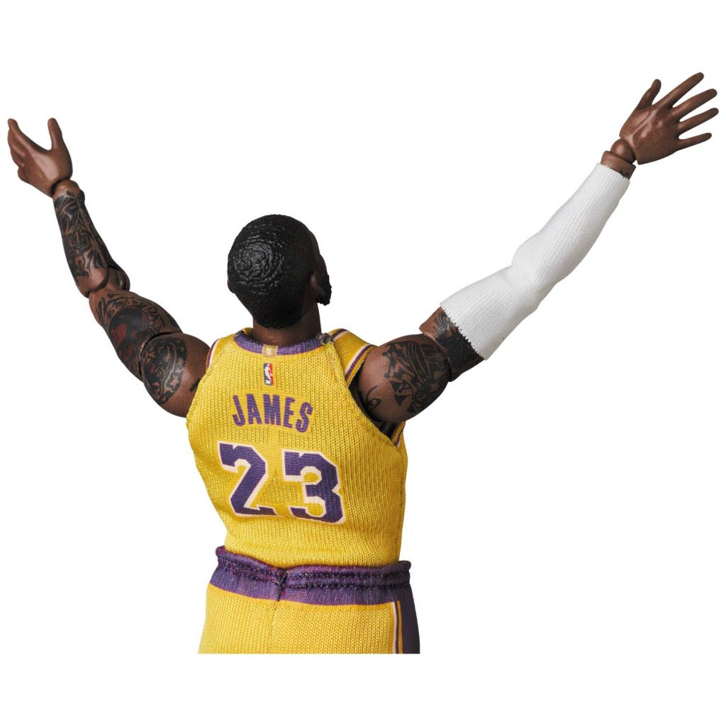 Mafex Series No.127 LeBron James (L.A. Lakers)
